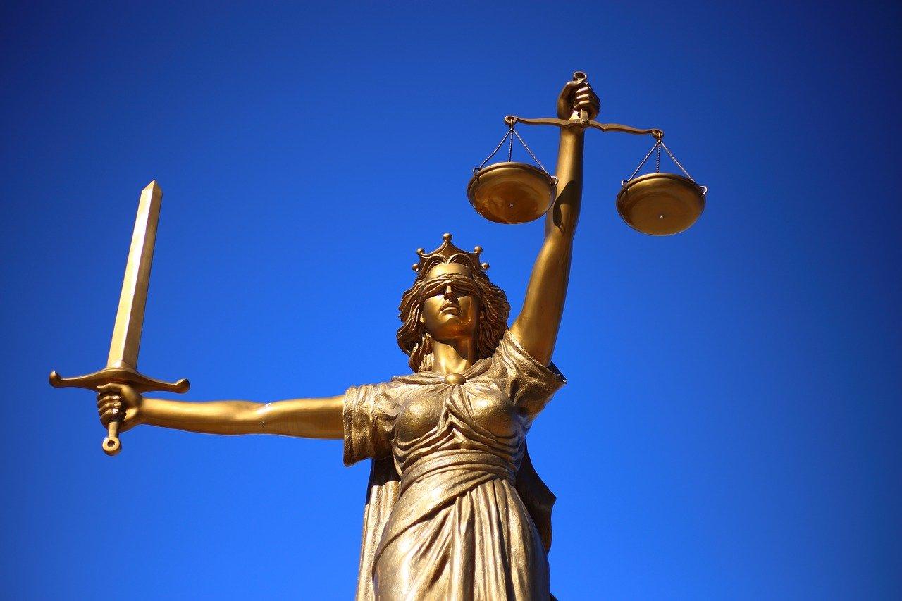 W czym potrafi nam wesprzeć radca prawny? W których kwestiach i w jakich kompetencjach prawa pomoże nam radca prawny?